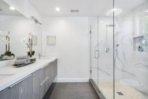 Salle de bain corian bois blanche
