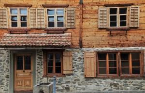 Fenêtres et portes en bois
